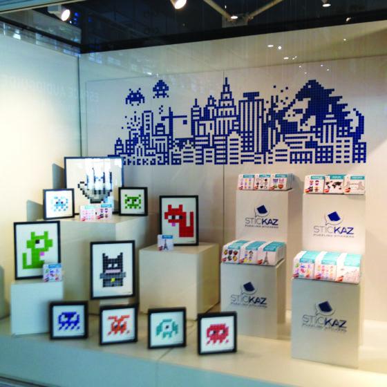 Installation dans une des deux boutique du centre Georges Pompidou.